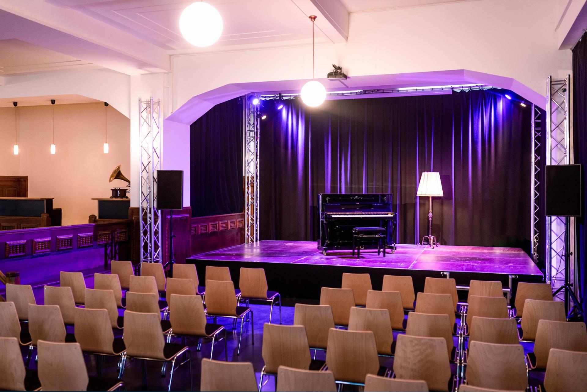 Kleine Bühne (Kleine Bühne, bestuhlt)